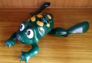 Игрушка Лягушка на бат, ,плавает 22см.кор  *