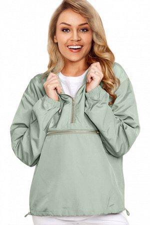 Зеленая куртка-ветровка на молнии и с капюшоном