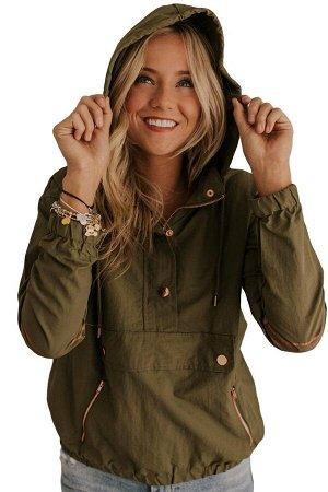 Защитно-зеленая куртка с капюшоном и карманами на молниях