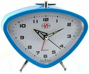 Будильник Тип механизма: Кварцевый Корпус: Латунь Минеральное стекло ГАБАРИТЫ (В\Ш\Г) : 110-145-35 (мм.)