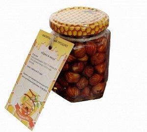Орех в меду Фундук