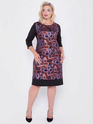 Платье Платье полуприлегающего силуэта из комбинированного трикотажного полотна . - горловина круглая на бейке - втачные рукава длиной 3/4 - перед выполнен из трикотажа с геометрическим принтом - низ
