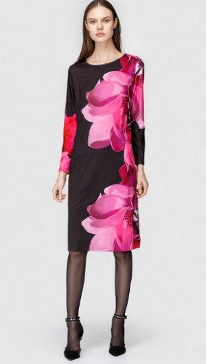 Стильное, красивое платье для шикарной женщины.