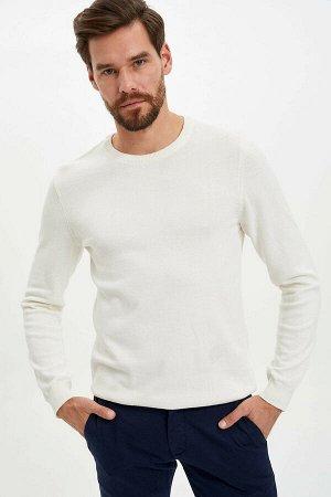 Пуловер экрю