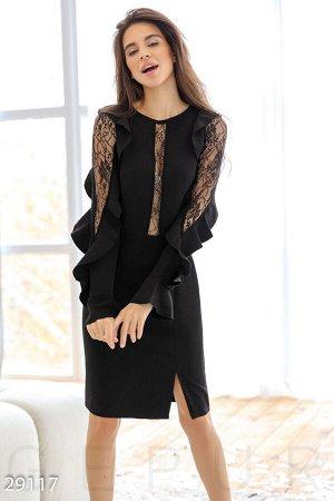 Гипюровое платье-миди