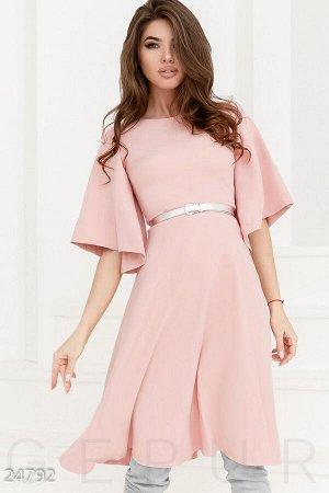 Нежное платье-клеш