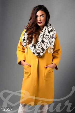 Яркое пальто oversize