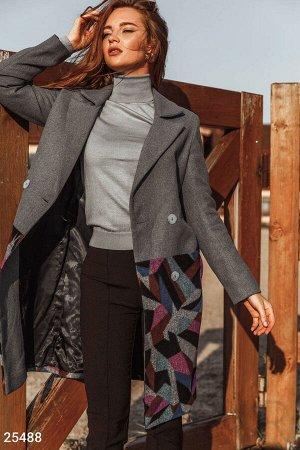 Прямое шерстяное пальто
