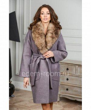 Женское пальто с меховым воротникомАртикул: AR-120-100-KP-P