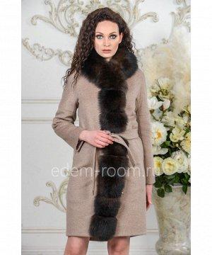 Зимнее пальто с меховой планкойАртикул: 1834-100-KP-P