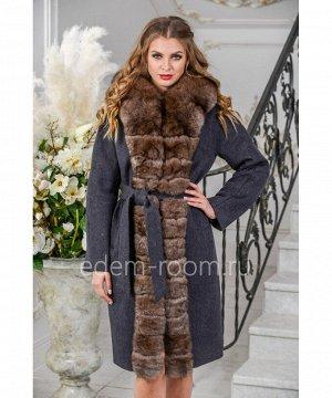 Пальто украшенное мехом песцаАртикул: TG-2306-100-SR-P