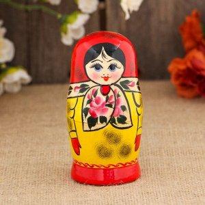Матрёшка «Платочек», красный платок, 5 кукольная, 10 см