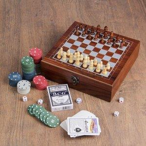 Набор шахмат с покером, 100 фишек, 2 колоды, 5 кубиков 1.3?1.3 см, пешка 2 см, ферзь 4.5 см