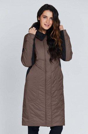 1968 какао Утепленное весеннее пальто из комбинированной плащевой ткани, украшенное декоративными строчками. Застежка на молнию и потайные кнопки. Удобный капюшон и практичная длина до колена защитят&