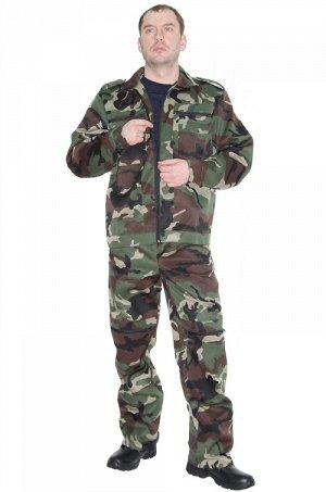 Костюм 915 Рост 170-176 Состав: 80% ПЭ, 20% хлопок Описание: Практичный костюм состоит из куртки на молнии с накладными карманами и брюк на широком поясе. При изготовлении костюма используется смесова