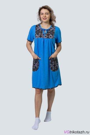 Туника Кулирка 100% хлопок Цвет: Синий Женская однотоннаятуника прямого покроя с цветными накладными карманами и цветной вставкой на груди . Низ, рукава и горловина изделияобработаны бейкой.