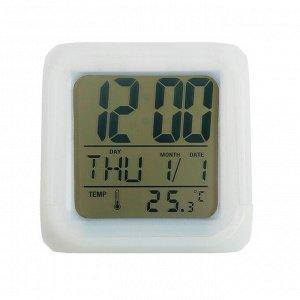 Будильник LuazON LB-03. дата. температура. белый