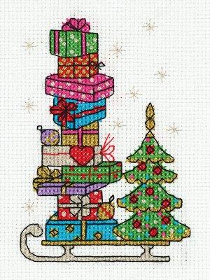 Набор для вышивания Сани с подарками 10,5*14см