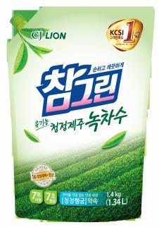 """LION Средство для мытья посуды, овощей и фруктов """"CHAMGREEN"""" Зеленый чай, мягкая упаковка, 1340 мл"""