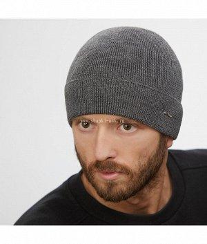 2407 Шапка Тип изделия: Шапка; Размер: универсальный; Отворот: шапка с отворотом; Состав: 80% шерсть 20% акрил; Подклад: Без подклада; Толщина: шапка тонкая