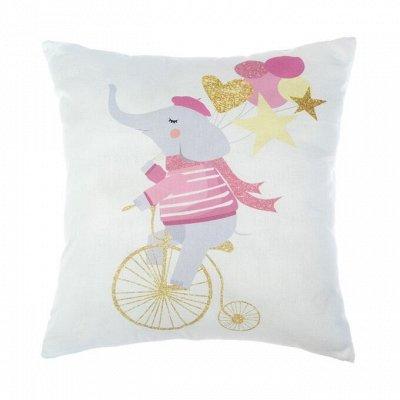 Товары и одежда для детей. — Декоративные подушки и наволочки — Одеяла и подушки
