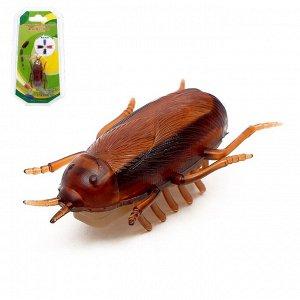 Жучок «Таракан», работает от батареек