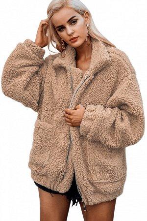 Светло-коричневая флисовая куртка на молнии и с накладными карманами