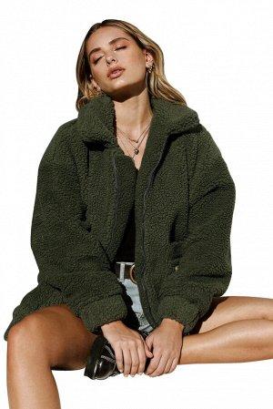 Темно-зеленая флисовая куртка на молнии и с накладными карманами