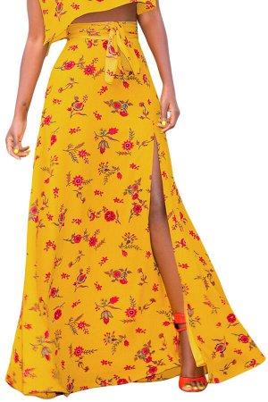 Желтая в цветы расклешенная макси юбка на запах
