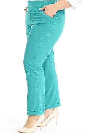 """Брюки-1879 Модель брюк: Дудочки; Материал: Искусственный шелк стрейч;   Фасон: Брюки Брюки """"Лайт"""" 7/8 бирюза Однотонные брюки-стрейч отлично подойдут для повседневного гардероба. Модель отлично сидит"""