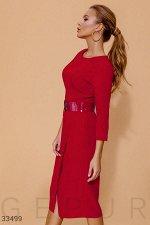Трендовое красное платье