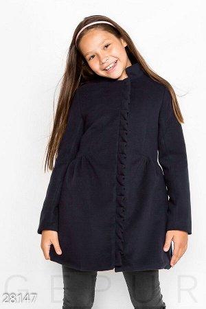 Пальто с оборками