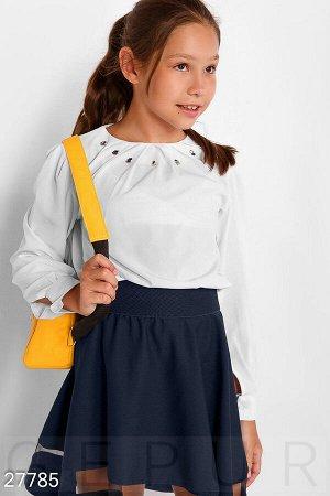 Декорированная школьная блуза