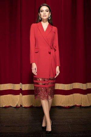 Платье Платье ЮРС 19-151/4  Состав ткани: Вискоза-67%; Спандекс-4%; Нейлон-29%;  Рост: 164 см.  Это платье, ода нежности и женственности, не оставит никого равнодушным. Женщина в таком платье выгляди