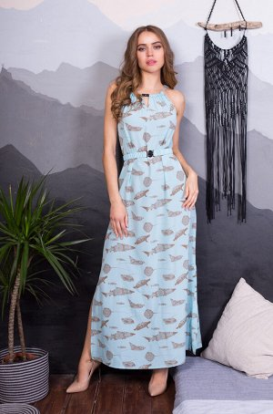 Платье Длинное женское пляжное платье из принтованного крепа на поясе с застежкой. Горловина декорирована бусинами. Платье регулируется шнуром по горловине. По боковым швам разрезы.   Состав: 100% пол