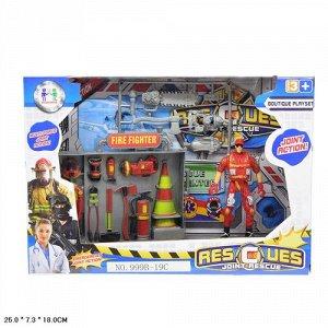 Набор пожарного с фигуркой, в кор 25*7,3*18 см.