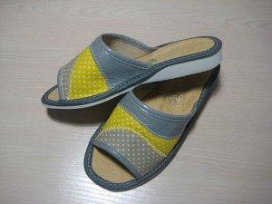 Обувь домашняя (Тапочки кожаные)