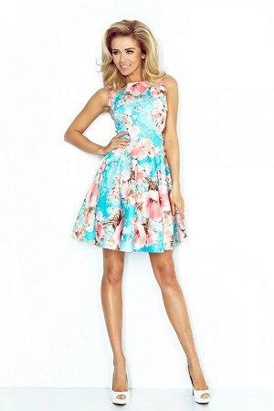 Платье NUMOCO 125-15 цветы голубой  Платье-клёш из плотной ткани с персиковыми цветами. Очень удобно и женственно. Рост модели н