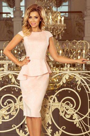 Платье NUMOCO 192-8 розовая пастель замш  Элегантное платье-миди с асимметричной баской и небольшим коротким рукавом. Платье опт