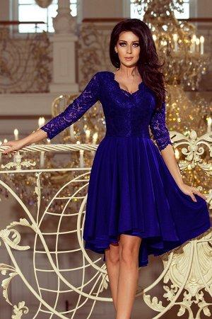 Платье NUMOCO 210-4  Асимметричное эксклюзивное платье с удлинённой спинкой, рукавом 3/4, вырезом и кружевом. Юбка идеально подо