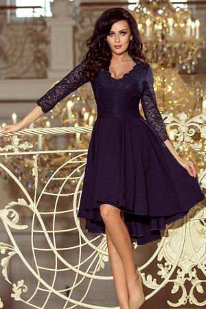 Платье NUMOCO 210-2  Асимметричное эксклюзивное платье с удлинённой спинкой, рукавом 3/4, вырезом и кружевом. Юбка идеально подо