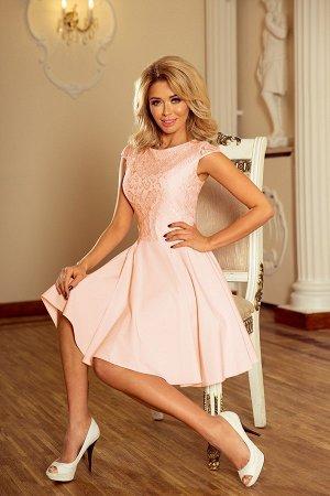 Платье NUMOCO 157-7 персик  Расклешенное элегантное платье с кружевом и короткими рукавами. Кружевной узор на фото может отличат