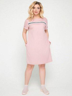 """Платья Платье свободного силуэта в стиле """"спорт-шик"""", выполнено из приятной вискозной ткани. Модель простого кроя с декоративной лентой на груди. - однотонная расцветка - круглая горловина с бейкой -"""