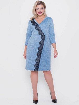 Платье Платье приталенного силуэта с элементом запаха и отделкой из контрастного кружева. - меланжевая однотонная расцветка - V - образный вырез горловины - рукава втачные длиной 3/4 на манжете - отр
