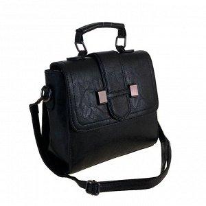 Стильная женская сумочка через плечо Doble_Blow из эко-кожи черного цвета.