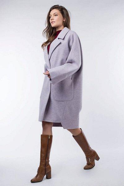 Много пальто,курток и плащей -7