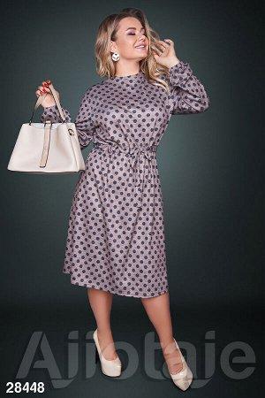 Платье в горошек с талией на кулиске