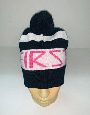 Шапка Черно-белая шапка с розовой надписью и помпоном  №4051