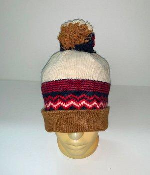 Шапка Крутая шапка с трехцветным помпоном  №4037