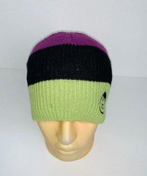 Шапка Трехцветная шапка с клевой вышивкой  №4091
